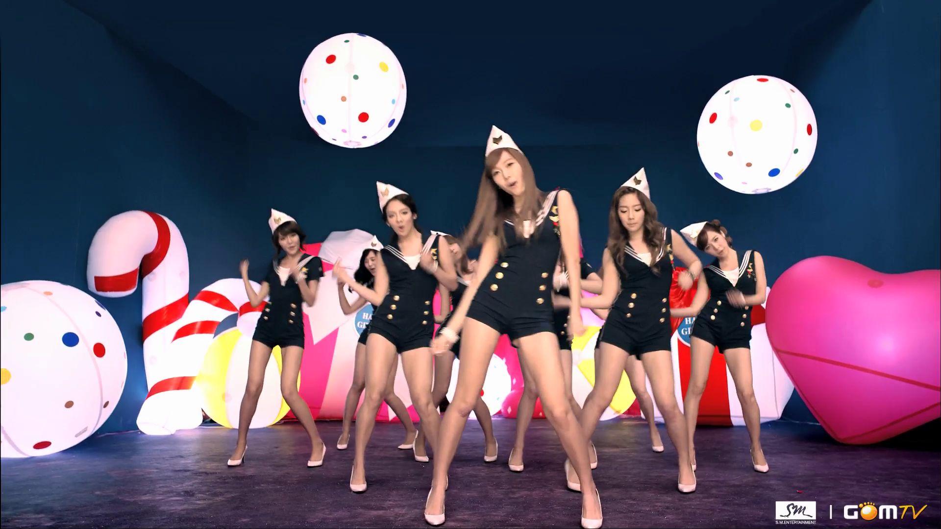 Girls' Generation / SN...